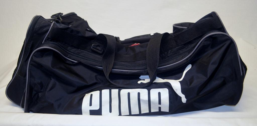 Nascar Pit Crew Shirts >> Evernham Motorsports Team Issued NASCAR PUMA Duffle Bag