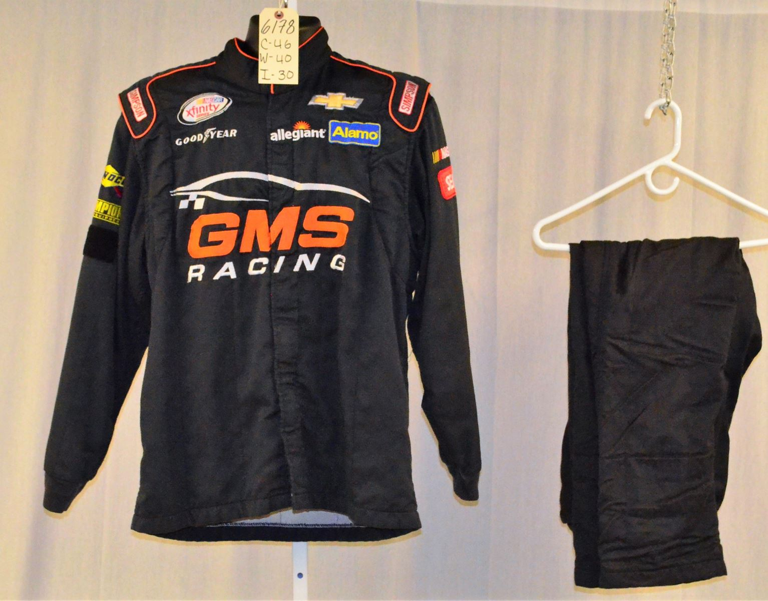 Racing Fire Suits >> Gms Racing Chevy Race Used Simpson Sfi 5 Nascar Fire Suit 6178 C46 W40 I30
