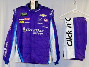 Bubba Wallace Click n' Close 2018 NASCAR Race Used Fire suit SPARCO SFI-5 #6031 c52/w44/i32